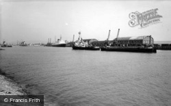 The Harbour c.1960, Newhaven