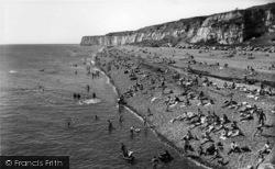 Newhaven, The West Beach c.1965