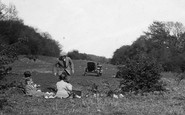 Newlands Corner, Picnic On The Downs 1922