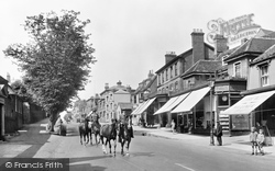 Newmarket, Racehorses In The High Street 1929