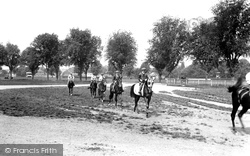 Newmarket, Racehorses, Morning Exercise 1922