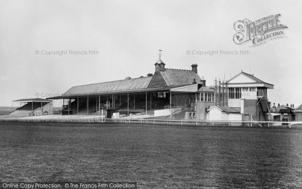 Photo of Newmarket, the Grandstand, Rowley Mile Racecourse 1922, ref. 71932