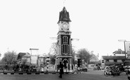 Newmarket, The Roundabout c.1960