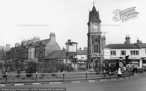 Newmarket, the Roundabout from Snailwell Road c1960