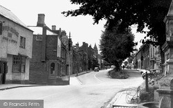 Newnham, High Street 1950