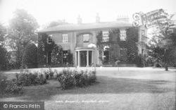 Aston Hall 1899, Newport