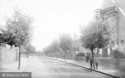 Avenue Road 1899, Newport