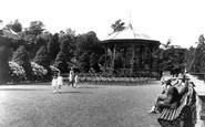 Newport, Belle Vue Park c.1932