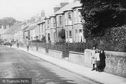 Newport, Girls In Castle Road 1913