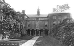 Grammar School 1898, Newport