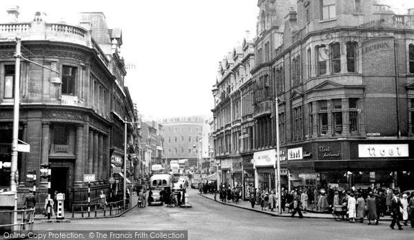 Photo of Newport, High Street c1950, ref. n25201