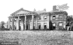 Longford Hall 1898, Newport