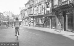 Newport, Lower High Street 1935
