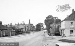 Main Road West c.1955, Newport