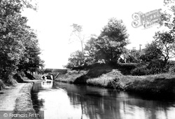On The Canal 1898, Newport