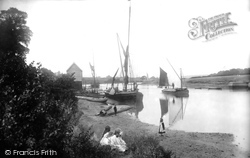 Newport, On The Medina 1913
