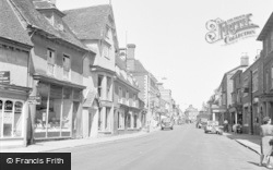 Newport Pagnell, High Street 1950