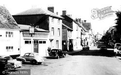 Newport Pagnell, High Street 1967
