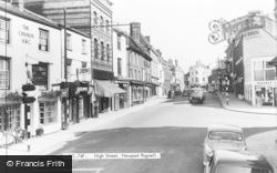 Newport Pagnell, High Street c.1965