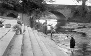 Newport Pagnell, North Bridge from the Play Pen 1956