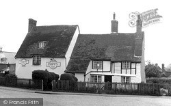 Newport Pagnell, The Coachmakers Arms 1955
