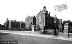Newport, Royal Gwent Hospital, Commercial Road