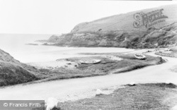 Newport, The Beach, Pwllgwaelod c.1955