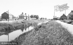 The Canal c.1960, Newport