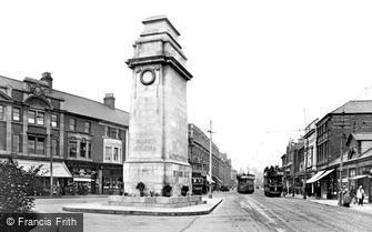 Newport, the Cenotaph 1925
