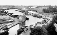 Newport, the River Medina c1955