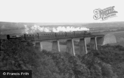 Steam Train On The Trenance Viaduct 1907, Newquay