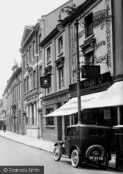 Courtenay Street, Prince Of Wales Hotel 1930, Newton Abbot