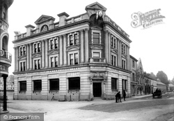 Newton Abbot, Lloyd's Bank 1910