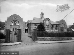 Newton Abbot, Secondary School 1927