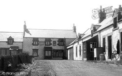 Newton-By-The-Sea, The Square And Ship Inn c.1955