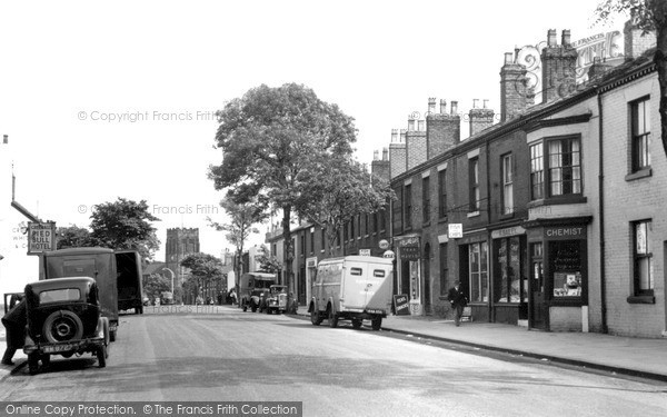 Newton Le Willows, High Street c1955