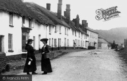 Newton Poppleford, Village 1906