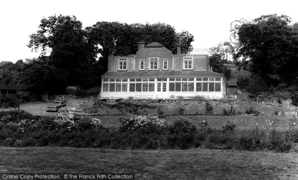 Photo of Newtown Linford, Johnscliffe Hotel c.1960