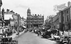 Newtown, Market Day 1950
