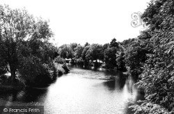 Newtown, The River Severn From Long Bridge c.1960