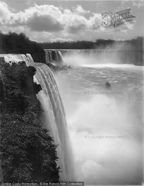 Photo of Niagara, American And Horseshoe Falls c.1900