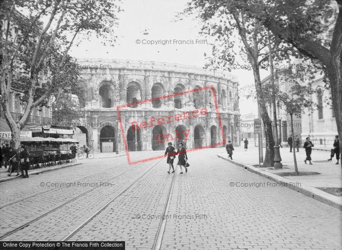 Photo of Nimes, Amphitheatre c.1939
