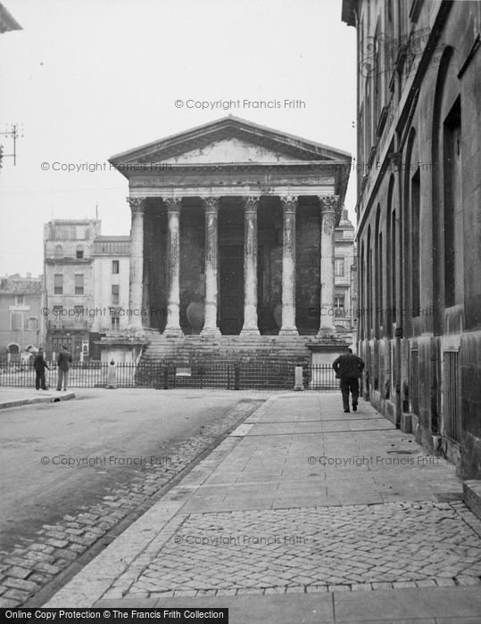 Photo of Nimes, Maison Carrée c.1939