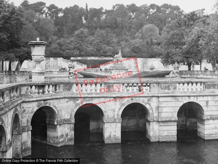 Photo of Nimes, The Park c.1939
