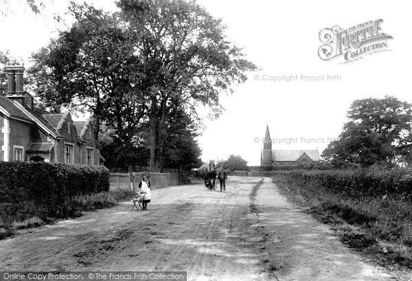 Photo of Noak Hill, St Thomas's Chapel and School 1908