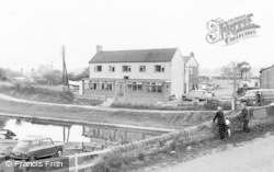 Norbury Junction, Junction Inn c.1955
