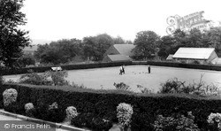 Normanton, Haw Hill Park, Bowling Green c.1965