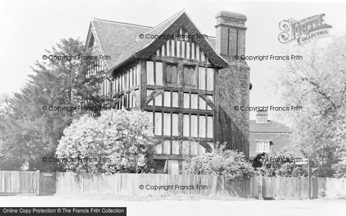 Photo of North Chingford, Queen Elizabeth's Hunting Lodge c.1955