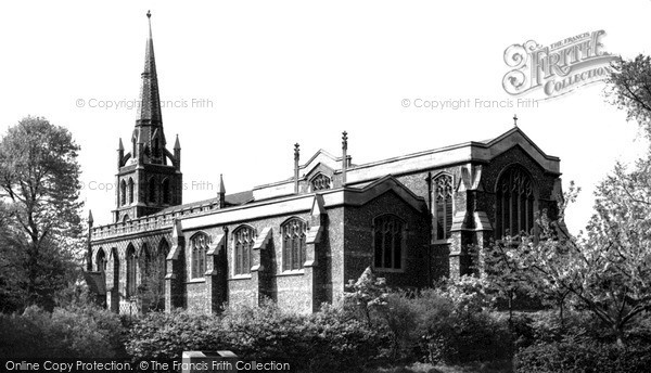 Photo of North Chingford, St Peter And St Paul's Church c.1955