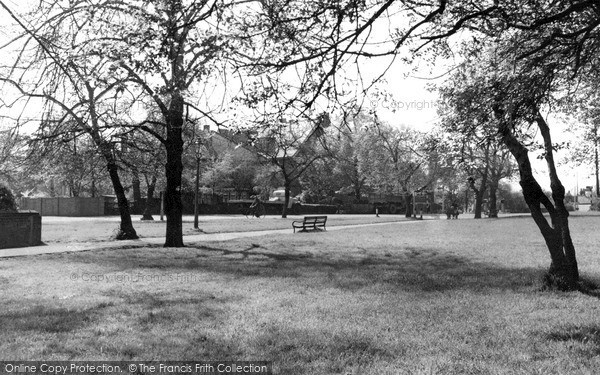 Photo of North Chingford, The Green c.1955